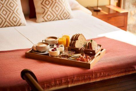 Hotel-Breakfast